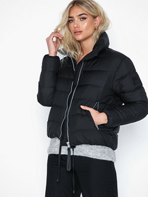 Svea Short Light Weight Jacket