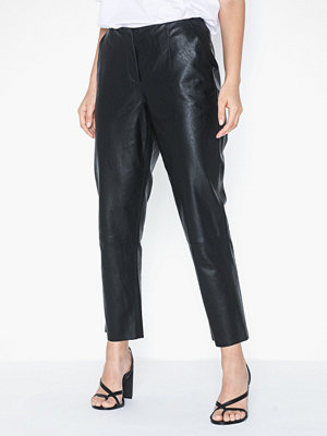 Pieces svarta byxor Pcivina Mw Cropped Pants