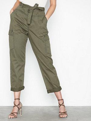 Noisy May omönstrade byxor Nmmimi Nw Crispy Belt Cargo Pants 3
