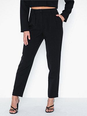 Vero Moda svarta byxor Vmevelyn Tailored Pant SB1