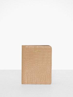 Plånböcker - Pieces Pcpassi Passport Cover D2D