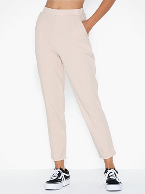 NLY Trend byxor Gorgeous Crepe Pants