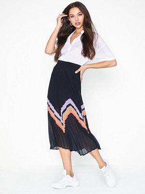Y.a.s Yasmilda Pleated Skirt
