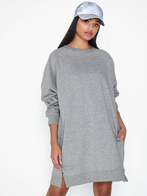 Missguided Oversized Pocket Sweater Dress