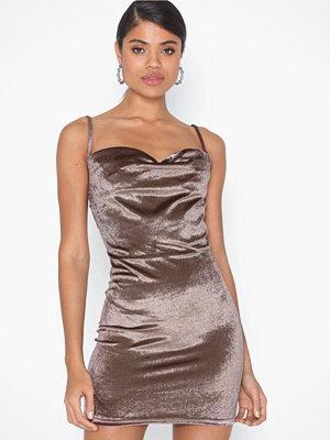 Festklänningar - Parisian Velvet Cowl Neck Mini Dress