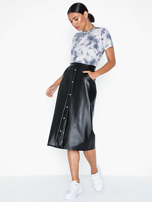 NLY Trend Button Midi Pu Skirt