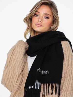 Calvin Klein Classic Wool Scarf W Svart