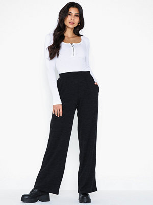 Pieces byxor Pcjannis Mw Wide Pant