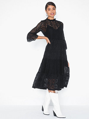 Vero Moda Vmmary 3/4 Calf Lace Dress SB2