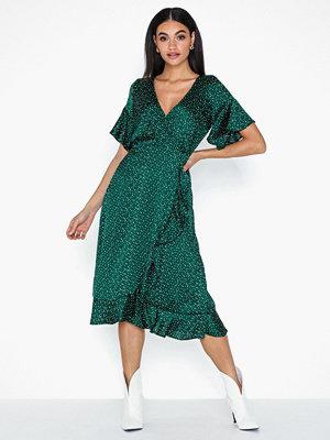 Ax Paris Short Sleeve Wrapped Midi Dress