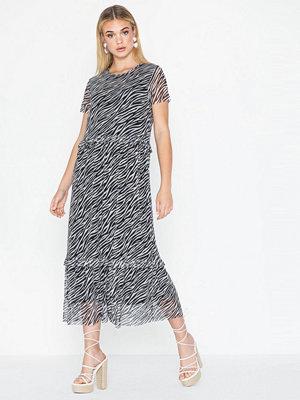 Pieces Pcessa Ss Midi Mesh Dress
