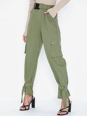 Missguided byxor Utility Pocket Buckle Cargo Trousers