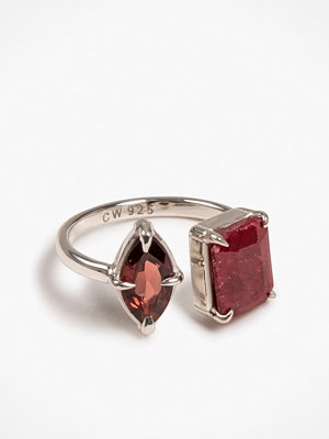 Cornelia Webb Stoned Ring - Sacral