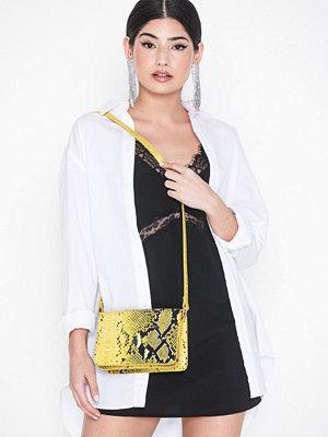 Vero Moda gul mönstrad axelväska Vmtara Cross Over Bag