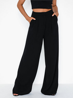 NLY Trend byxor Loose Suit Pants