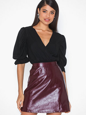 Only Onlbella Glazed Faux Leather Skirt