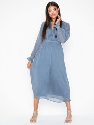 Vero Moda Vmmerve L/S 7/8 V-Neck Dress SB6