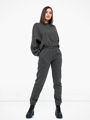 NLY Trend grå byxor Cozy Sweat Pants