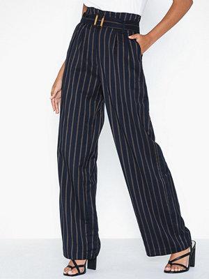 Pieces randiga byxor Pccarmen Hw Pants D2D