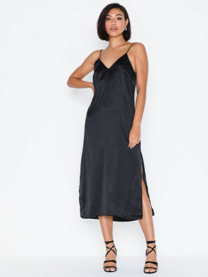 NLY Trend High Slit Slip Dress