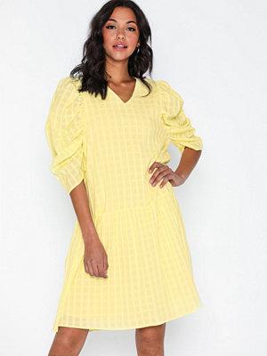 co'couture Idali Puffy Dress