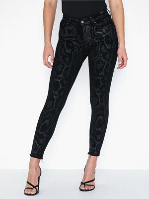 Only Onlblush Mid an Raw Snadnm Jeans Re
