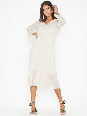 Vero Moda Vmjasmine 7/8 Emb Calf Shirt Dress