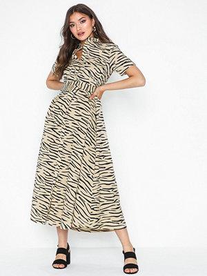 Selected Femme Slfdina Ss Calf Shirt Dress Ex