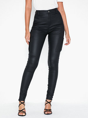 NLY Trend svarta byxor High Waist Cargo Pants