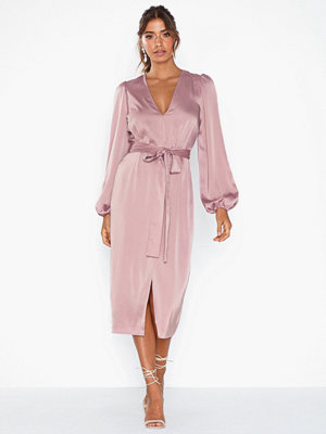 NLY Eve On My Mind Satin Dress