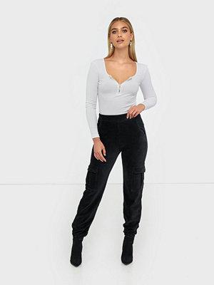 NLY Trend svarta byxor Cargo Cord Pants