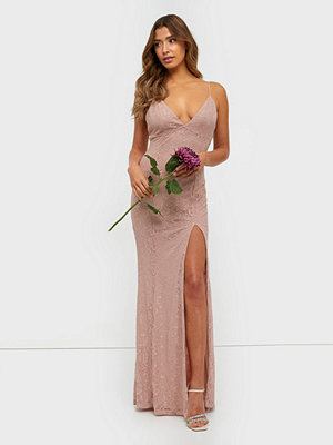 NLY Eve Irresistible Lace Gown