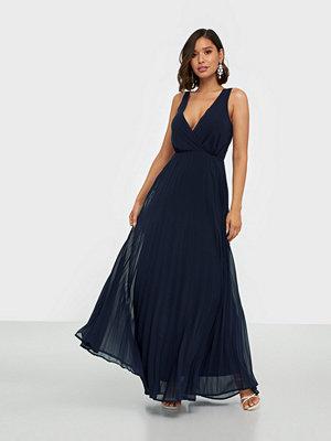 Ax Paris V Neck Maxi Dress