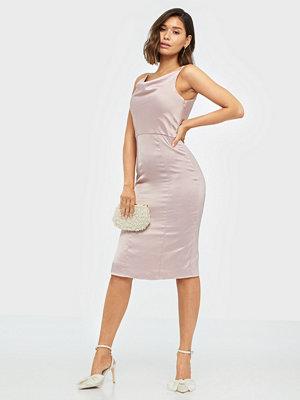 Festklänningar - Chi Chi London Simonia Dress