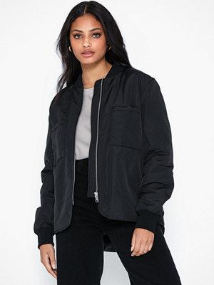 Vero Moda svart bomberjacka Vmpauline Short Jacket