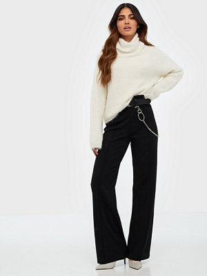 NLY Trend svarta byxor Detailed Wide Pants