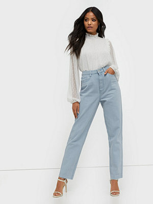 Missguided Riot High Waisted Plain Mom Jeans