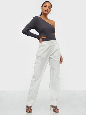 NLY Trend vita byxor Baggy Cargo Pants