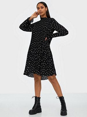 Vero Moda Vmdorit L/S Pleat Short Dress FD19