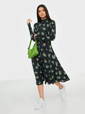 Résumé Sofie dress