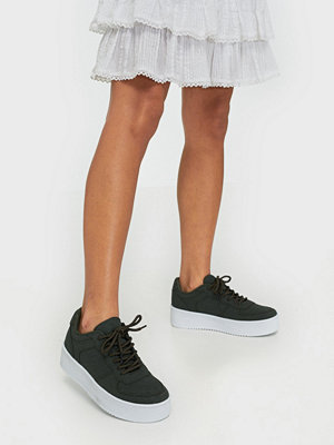 NLY Shoes Flirty Platform Sneaker Khaki