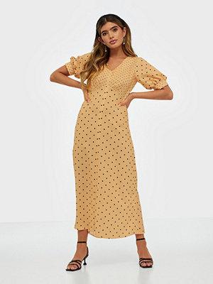 Closet Puff Sleeve VNeck Midi Dress