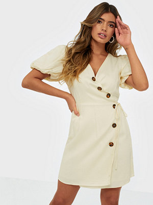 Glamorous Short Sleeve Button Dress