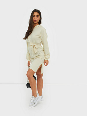 NLY Trend Hoodie Belt Dress