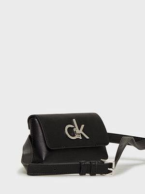 Handväskor - Calvin Klein Re-Lock Belt Bag