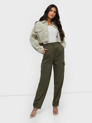 NLY Trend byxor Relaxed Cargo Pants