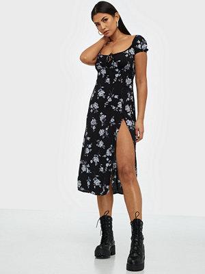 Motel Milla Dress