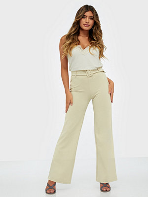 NLY Trend omönstrade byxor Tailored Belt Pants