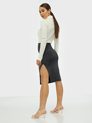 NLY Trend Sport Cut Skirt