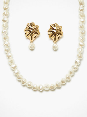 NLY Accessories halsband Pearl Choker and Earrings Set